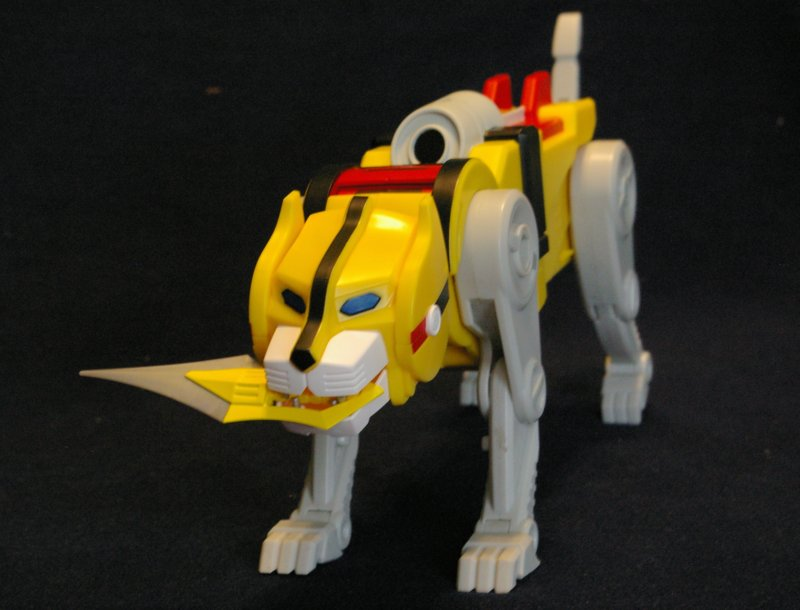 yellow+lion.JPG