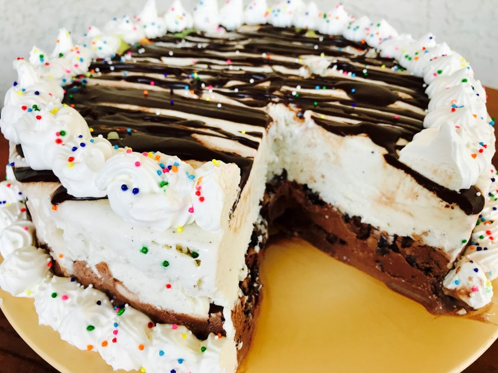Ice Cream Cake with Cookies, Chocolate and Vanilla Whipped Cream