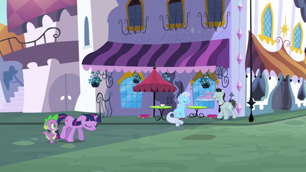 Twilight_walking_on_the_street_with_Spike_S3E01.thumb.png.202497918332a7841511d1e10f7852ab.png