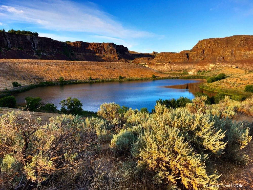 "Beautiful ""San Palomino Desert"" Scenery at the Ancient Lakes! | 3-day Backpacking Trip for PoniesAroundTheWorld"