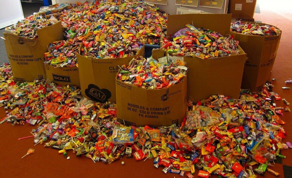 Pile-o-candy.jpg