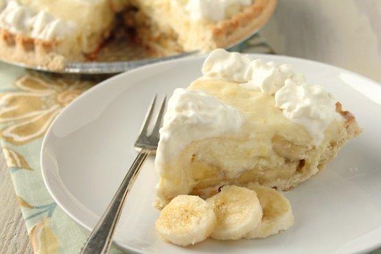 QA15jFjTg6npe9uYlfTf-205-banana-cream-pie.jpg.2f9cc84a7ca1e0749ebf37ff372511c3.jpg