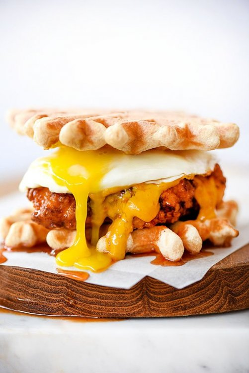 Chicken-and-Waffle-Sliders-foodiecrush.com-23.thumb.jpg.907a64b62e9a49f3038aabc4f1881166.jpg