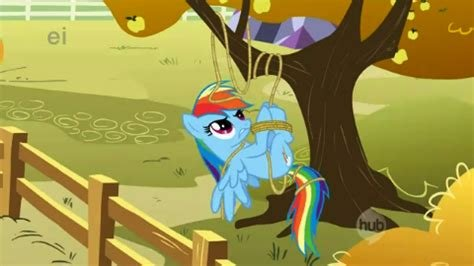 Rainbow Dash tangled.jpg