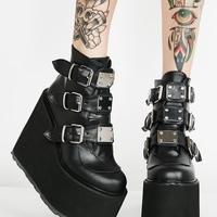909653579_Shoes!200x200.jpg.27c7d5afad214fe7df203471dfd2a0e2.jpg